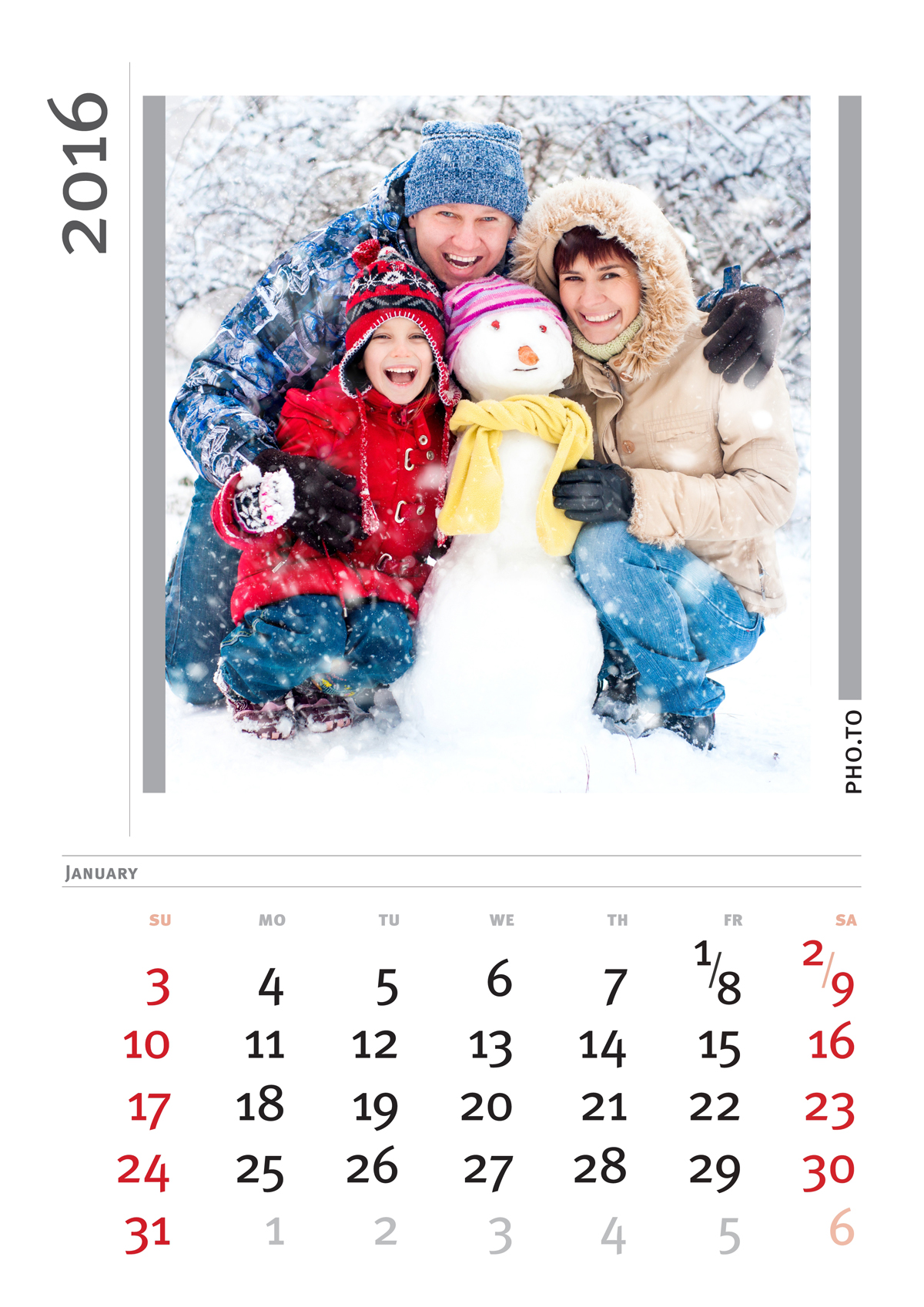 Custom photo calendar with a picture of a family made for free.