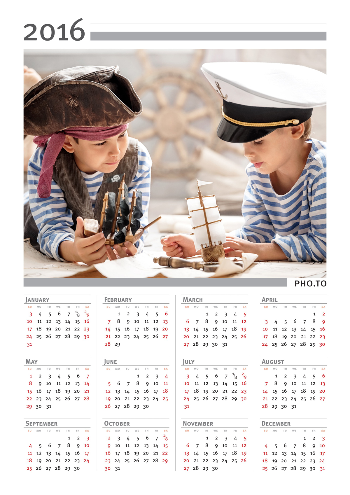 Make a personalized photo calendar online to be more organized.