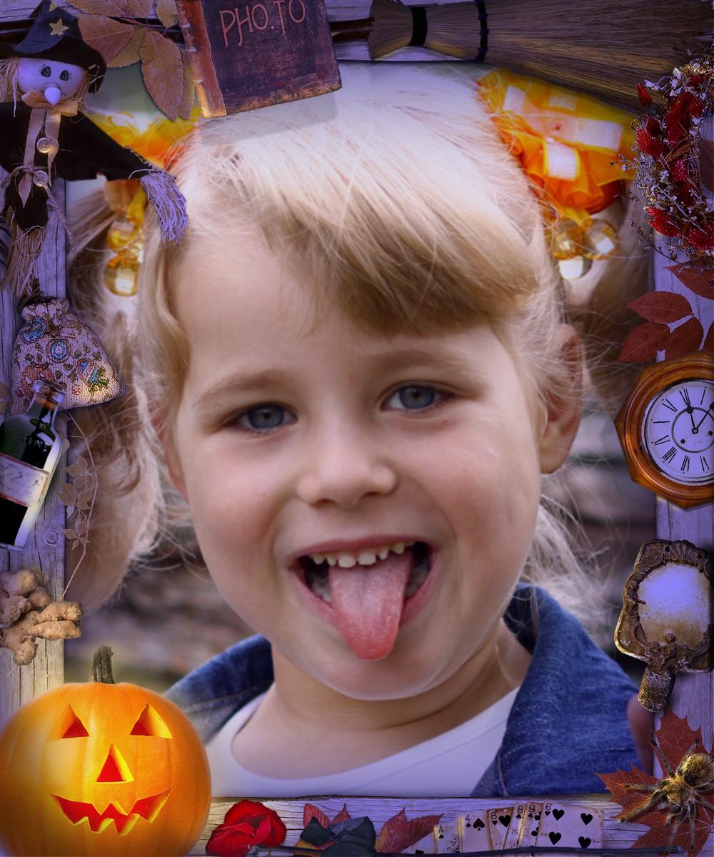 Cute little girl says 'Boo!' inside the halloween photo frame online