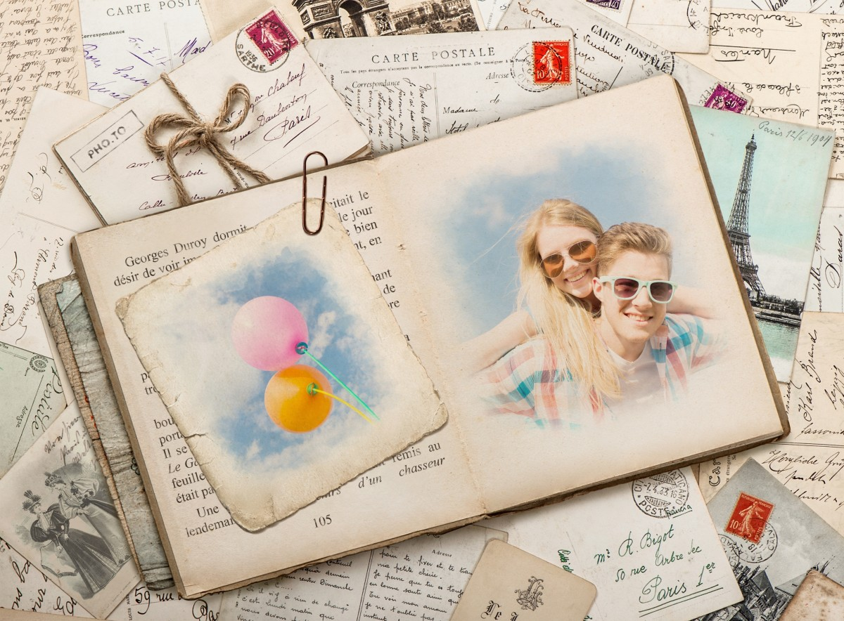Unite two photos in \'French Book & postcard\' retro collage
